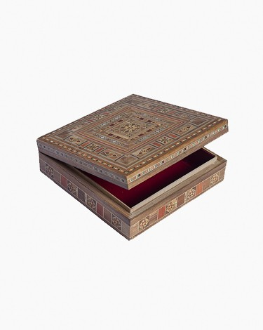 Luxury handmade jewelry box - medium-beige